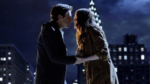 The-Angels-Take-Manhattan-3-kiss-amy-rory-e1348846235646